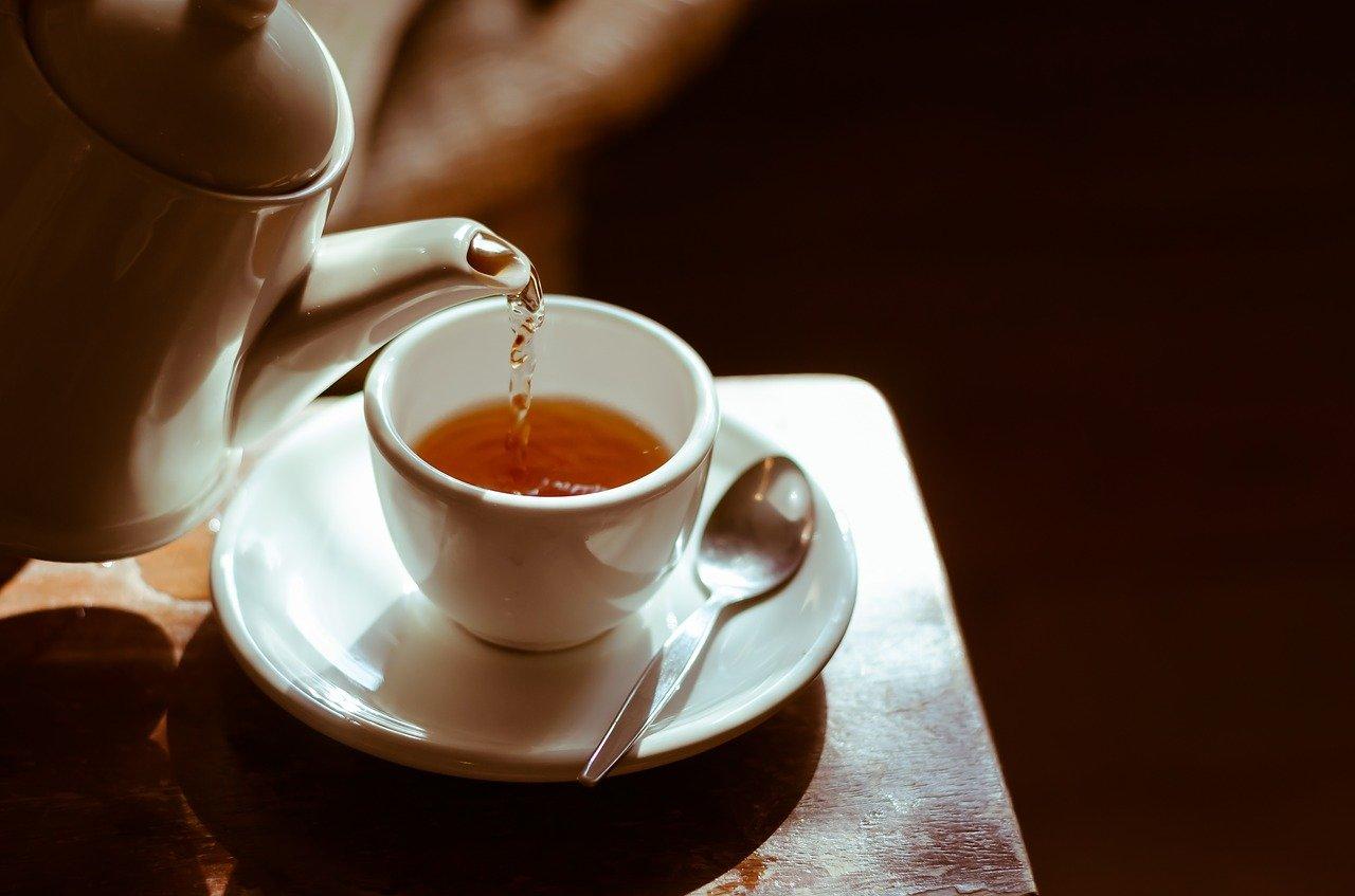tea, hot, cup-2356764.jpg