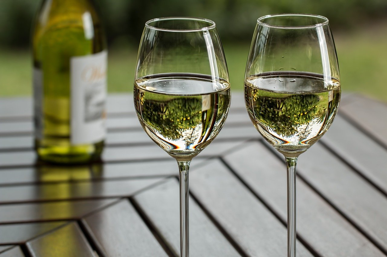 wine, wineglass, leisure-2789265.jpg